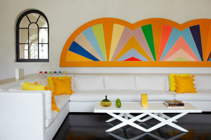 Frank-Stella-Protractor-white-living-room-of-Lisa-Perry-photo-by-Marili-Forastieri